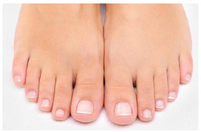 健康な足爪